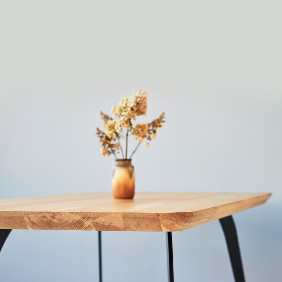 Oak dining table SM002