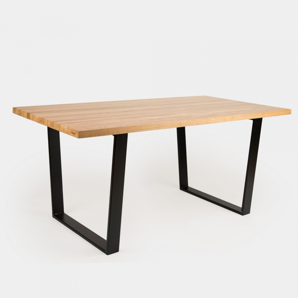 Dining table SM004