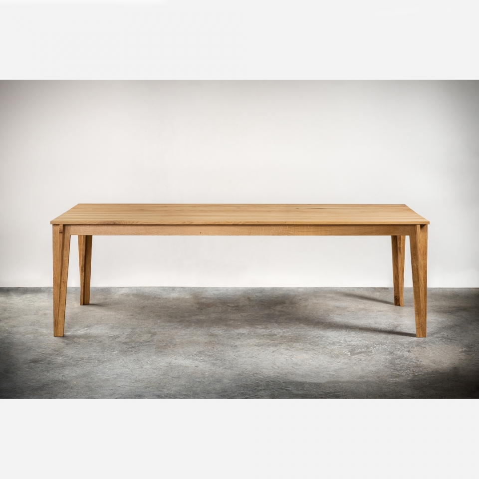 Dining table ZU008