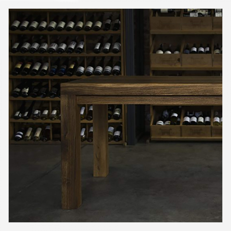 Dining table IW007